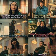 Stupid Funny Memes, Funny Relatable Memes, Haha Funny, Lol, Fandoms, Funny Umbrella, Hunger Games, Dysfunctional Family, Under My Umbrella