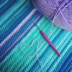 Have a lovely day!  #crochet #crochetersofinstagram #instacrochet #crochetaddict #crochetaddict #yarnlover #haken #häkeln #hekle #handmade #virka #yarnaddict #haakliefde #haakverslaafd #diy #yarnholic #hakeniship #hakenisleuk by gehaaktmetliefde