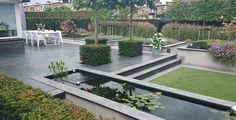 Moderne tuin met terras