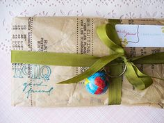 gorgeous packaging - vintage pattern with stamped greeting.  love the globe!!