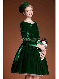 Green Velvet Bow Long Sleeves 1950s Vintage Dress