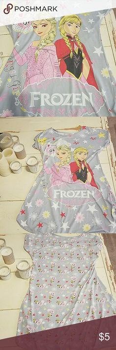 Pajamas Cute girls pajamas.  Would probably fit ages 7-10 best. Excellent condition Pajamas Nightgowns