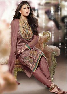 Jacqueline fernandez in salwar kameez Latest Salwar Kameez Designs, Muscle, Jacqueline Fernandez, Womens Fashion For Work, Women's Fashion Dresses, Party Wear, Indian Fashion, Nice Dresses, How To Wear