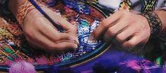 Arte textil y bordados indígenas de México, una guía para distinguir los distintos tipos -Más de México Textiles, Arte Popular, Embroidery, Embellishments, Needlepoint, Textile Art, Culture, Libros, Ornaments