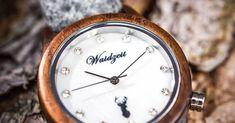 Vianočný Darček pre Ženu - Unikátne Drevené hodinky - www.waidzeit.sk Pocket Watch, Watches, Blog, Accessories, Wristwatches, Clocks, Blogging, Pocket Watches, Jewelry Accessories