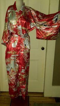 Vintage Ichiban Satin Ethnic Japanese Kimono Robe Womens OS Red Japan Ichi Ban