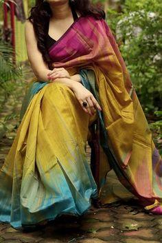 Designer Saree Blouses, Cotton Saree Blouse Designs, Wedding Saree Blouse Designs, Silk Cotton Sarees, Cotton Silk, Wedding Sarees, Art Silk Sarees, Sari Silk, New Saree Designs