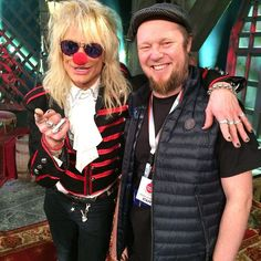 I don't always pönötä but when I do I do it with Mr Monroe.#radiosuomi #yleisradio #mediapolis #nenäpäivä #michaelmonroe