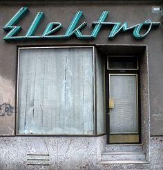 Elektro Signs                                                                                                                                                                                 Plus