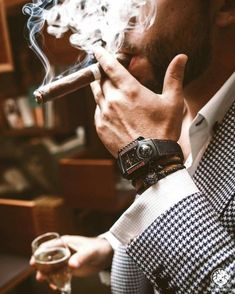 The refinement of the masculine style is determined not only by its external style, but also by its habits. The habits, sometimes, emphasize our status in society. Good Cigars, Cigars And Whiskey, Cuban Cigars, Man Smoking, Cigar Smoking, Smoke Photography, Photography Poses, Cigar Men, Masculine Style