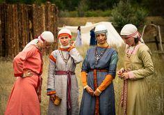 Rus women colorful tunics