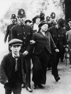 Suffragettes Being Arrested Near Buckingham Palace