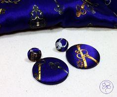 Orecchini rivestiti in seta blu di Barbara Del Rio su DaWanda.com
