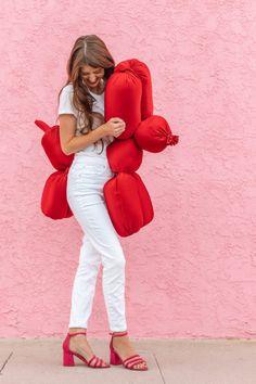 How To Make A Balloon Animal Costume | studiodiy.com Diy Couples Costumes, Creative Halloween Costumes, Halloween Diy, Halloween 2019, Costume Ideas, Toddler Costumes, Baby Costumes, Party Animal Costume, Cake Costume