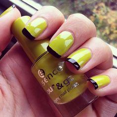 Wicked nailart halloween nails