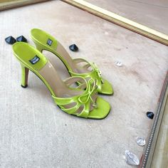 FINAL PRICE ❤️ Stuart Weitzman heels Open toed heels by Stuart Weitzman in a lime green color. Little bows on front accented with silver charms. Great for spring. Some wear. Stuart Weitzman Shoes Heels