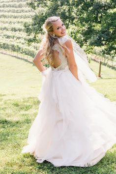 Sweet bride: http://www.stylemepretty.com/georgia-weddings/dahlonega/2015/05/04/elegant-summer-wedding-at-montaluce-winery-estates/ | Photography: VUE - http://www.vuephotographyonline.com/