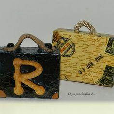 DIY. Tag. Identificador de bagagem personalizado.  Você encontra o passo a passo no blog http://www.opapododiae.com.br