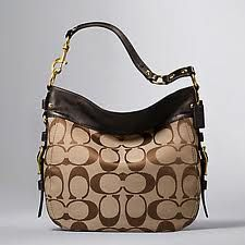 Coach Zoe Handbag, this is my new coach, but in the black & white =) ♥ it!!!