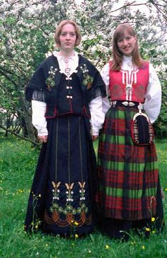 Ofoten at the left; Nordmore at the right Folklore, Norway, Ethnic, Costumes, Traditional, Clothing, Beauty, Ideas, Dresses