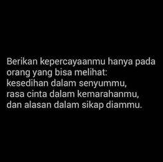 Daily Quotes, Love Quotes, Black Quotes, Self Reminder, Quotes Indonesia, Sad Girl, Self Esteem, Islamic Quotes, Qoutes
