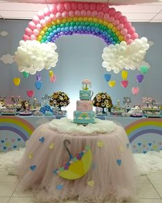 Has a delicate and fun party with the theme rain blessing. Check out everything you need to know about and 40 models of beautiful and inspiring holidays! Rainbow Theme Baby Shower, Baby Girl Birthday Theme, Unicorn Themed Birthday Party, Rainbow Birthday Party, Rainbow Party Decorations, Birthday Party Decorations Diy, Rainbow Parties, Birthday Party Themes, Theme Parties