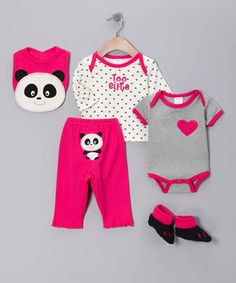 Pandas! Erything my mom can find w a panda on it is gettin put on my youngins lol