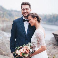 gorgeous Olya & Leonid. florals - @mulberrydecor . dress - @carouselfashionshop . #wedding #weddingday #weddinghistory #weddinginspiration #couple #andreyharchenko #exclusive_shot #creativelivefolk #photoshoot #bride #groom #beauty #ukraine_blog #ukraine_recommends #ЛеняОля