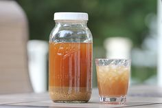 Homemade Lacto-Fermented Ginger Ale