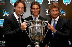 Spaniards Carlos Moya, Rafael Nadal and Juan Carlos Ferrero pose with the ATP World Tour No. Tennis Photos, Rafa Nadal, Tennis Legends, Sport Icon, Roger Federer, Best Player, Wimbledon, Tennis Players, New York City