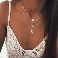 Diamond Hoop Earrings / Diamond Huggies / Solid Gold Huggie Earrings / Tiny Hoop Earrings / Diamond Hoop Earrings / Fine Jewelry *** The Earrings are sold as a pair. Prom Jewelry, Cute Jewelry, Jewelery, Jewelry Necklaces, Fashion Necklace, Fashion Jewelry, Women Jewelry, Vintage Accessories, Jewelry Accessories