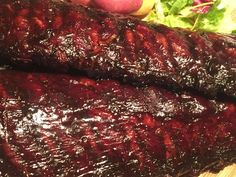 Spareribs van Mele Best langzaam gegaard op de smoker Bbq Pork, Barbecue, Ribs In Oven, Weber Bbq, Spare Ribs, Green Eggs, Pork Recipes, Meatloaf, Slow Cooker