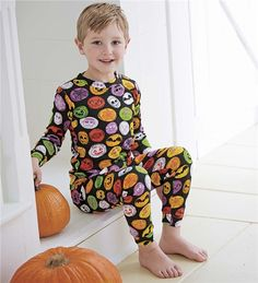 d91fd8a166e7 35 Best Kids Halloween Costumes   Outfits images