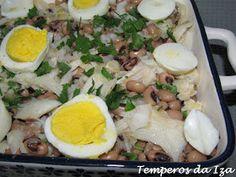 Cobb Salad, Meat, Chicken, Sim, Food, Black Eyed Pea Salad, Catering Ideas, Spices, Essen