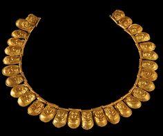 Etruscan gold necklace,Museo Arqueologico de Florencia