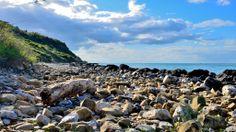 Obiettivo Pesaro:scorcio di mare sotto il San Bartolo http://vivere.biz/YaY