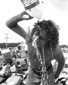 Summer Jam at Watkins Glen, N. with The Allman Brothers Band, Grateful Dead and The Band performing. rock buffs streamed in for a one-day concert inside a race track in American Music Festival, Summer Jam, Allman Brothers, Watkins Glen, Grateful Dead, Woodstock, Newport, Vintage Photos, Dreadlocks
