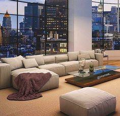 Luxury Apartment Interior Design Ideas with the Right Concept - Sjoystudios Apartment View, Apartment Goals, Dream Apartment, Apartment Living, Apartment Interior, Apartment Ideas, Interior Livingroom, York Apartment, City Living