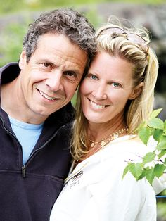 Sandra Lee's Breast Cancer Battle: Loved Ones Provide Support as Chef Prepares for Surgery http://www.people.com/article/sandra-lee-breast-cancer-andrew-cuomo-support