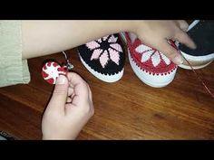 Flip Flop Sandals, Shoes Sandals, Crochet Flip Flops, Shoe Pattern, Crochet Shoes, Tapestry Crochet, How To Make Shoes, Sock Shoes, Espadrilles