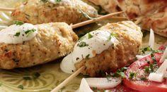 Κεμπάπ κοτόπουλου με σάλτσα γιαουρτιού Greek Recipes, Desert Recipes, Kebab, Baked Potato, Dinner Recipes, Dinner Ideas, Mashed Potatoes, Sausage, Deserts