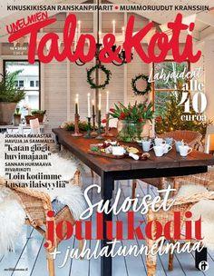 Islantilaisneule | Meillä kotona Table Decorations, Home Decor, Vases, Gardens, Decoration Home, Room Decor, Home Interior Design, Dinner Table Decorations, Home Decoration
