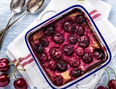 Cseresznyés sült túró - Recept | Femina Raspberry, Healthy Eating, Cupcakes, Fruit, Food, Souffle Dish, Cherries, Food Food, Bakken