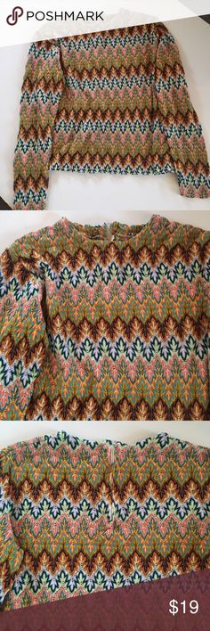 Vintage missoni-esque knit cropped top Not missoni, just the style of! Vintage circa 1970s. Cute knit pattern. Long sleeve. Back zip. Great condition. Missoni Tops Blouses