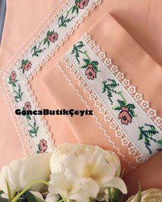 Embroidery Suits Design, Hand Work Embroidery, Crewel Embroidery, Ribbon Embroidery, Draps Design, Folding Fitted Sheets, Cream Pillow Covers, Sewing Projects, Projects To Try