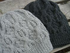 Cabled Beret Ravelry free hat pattern