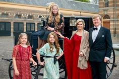 The Dutch Royal Family released a new photo for Christmas this year. Photo: RVD/Jeroen van der Meyde Christmas 2017 Via Twitter