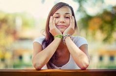 11 thói quen đơn giản giúp bạn khỏe mỗi ngày   Menfiness tổng kết 11 điều bạn nên làm mỗi ngày để khỏe mạnh:  Đi lại ít nhất 30 phút  Bạn biết ngồi một chỗ quá lâu có thể khiến mình chết sớm. Tuy nhiên biết là một chuyện và thực hành là một chuyện hoàn toàn khác con người ngày càng vận động ít đi. Việc làm tưởng chừng đơn giản này không chỉ bạn khỏe hơn về thể chất mà cả tinh thần trí não. Chỉ cần hoạt động ít nhất 30 phút mỗi ngày bạn sẽ thấy sự khác biệt. Nếu để giảm cân thì bạn cần vận…