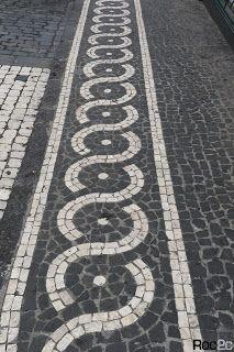 calçada portuguesa, desenhos, simetrias, Furnas, Ilha São Miguel, pedra vulcânica, Açores, calçada artística, turismo