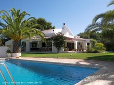4 bedroom villa with salt water heated pool and seaviews near Carvoeiro, Lagoa, Algarve, Portugal